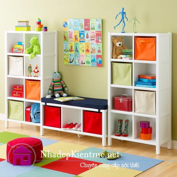 cách trang trí phòng ngủ cho bé gái với tủ đồ dễ thương