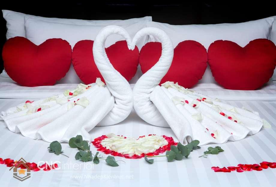 hướng dẫn cách trang trí giường cưới 03