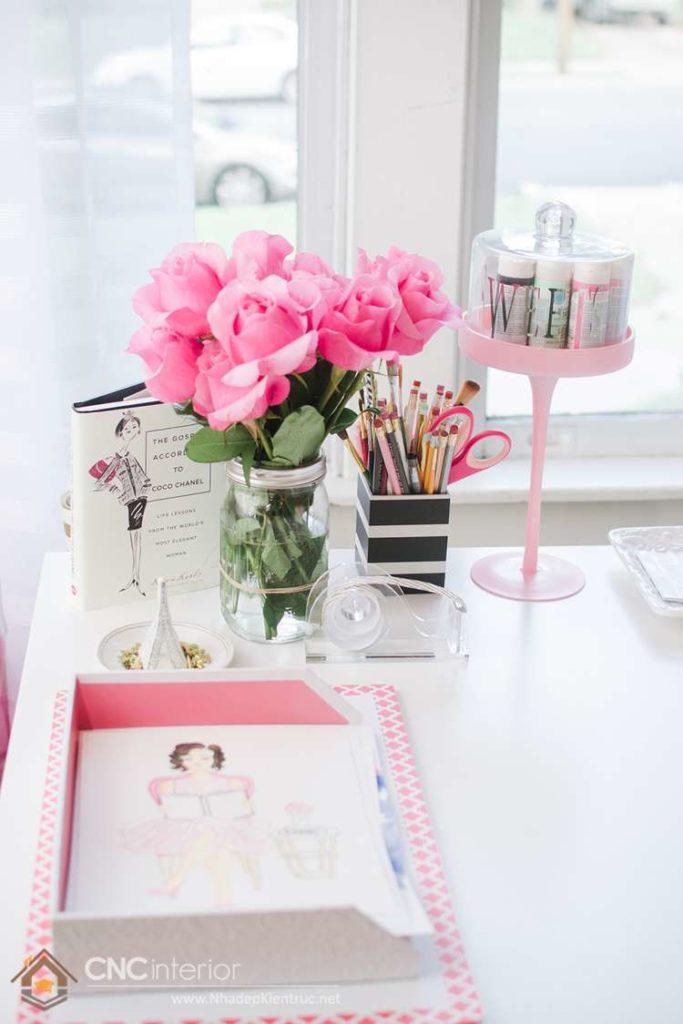 Hoa tươi để bàn